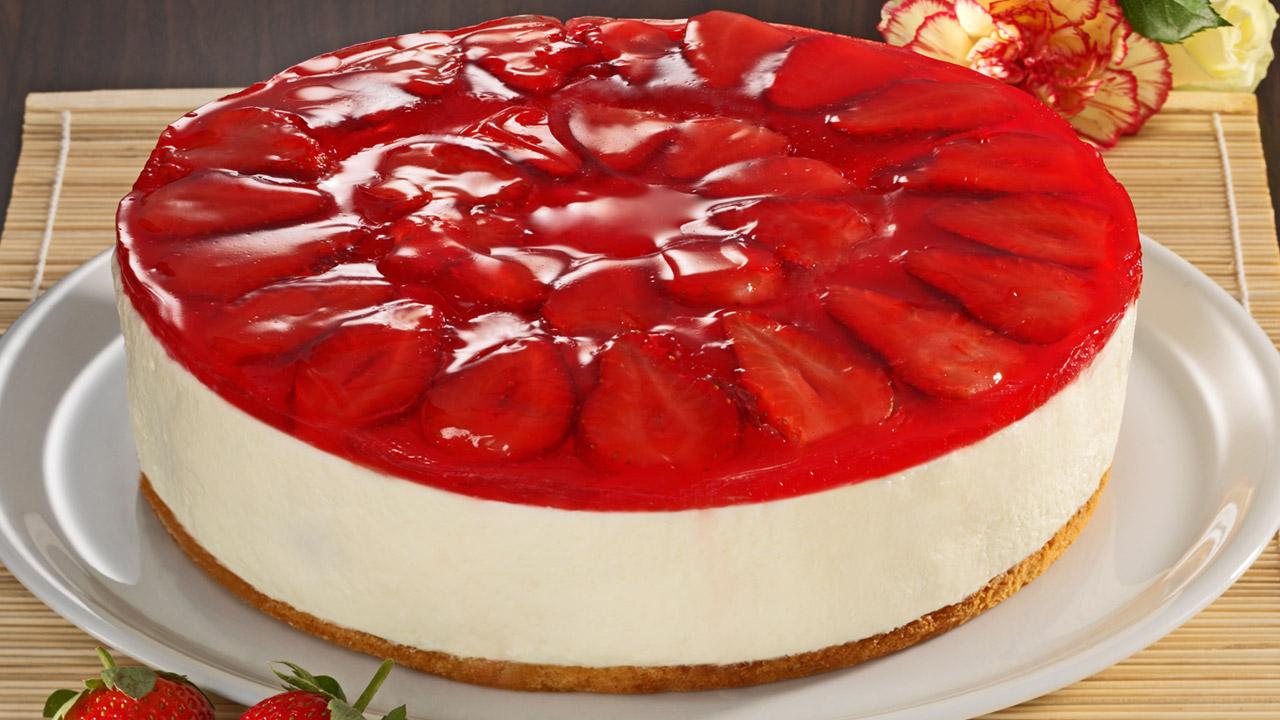 Windbeutel Torte Mit Erdbeeren Und Eierlikor Kuchenrezepte Mit