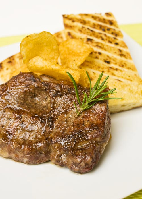 05-RUMPSTEAK-MIT-ROASTED-VERPOORTEN-FRENCH-TOAST.jpg