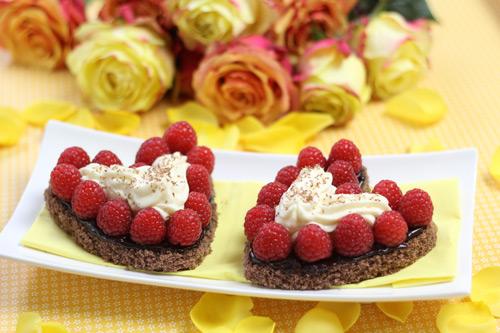 Eierlikor Kuchen Rezepte In Herzform Verpoorten Himbeer Sahne