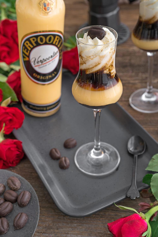 Kaffee Rezept ''Bumblebee mit Wodka Sahne''
