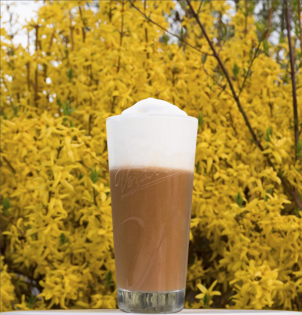 kaffee cocktails mit eierlik r 39 39 verpoorten latte 39 39 cocktails und longdrinks mit eierlik r. Black Bedroom Furniture Sets. Home Design Ideas