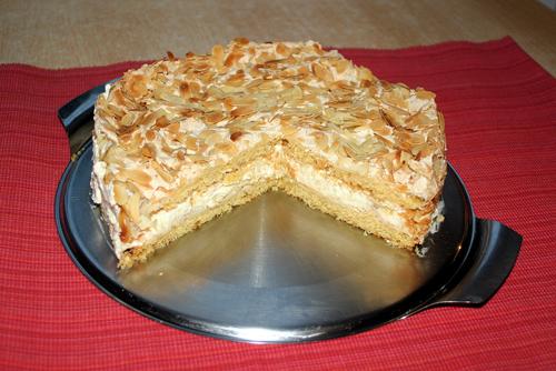 Eierlikor Orangen Baiser Torte Mit Verpoorten Kuchenrezepte Mit