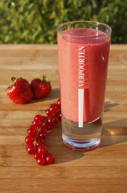 Erdbeer-Johannisbeer-Smoothie 'VERPOORTEN Red Smoothie'