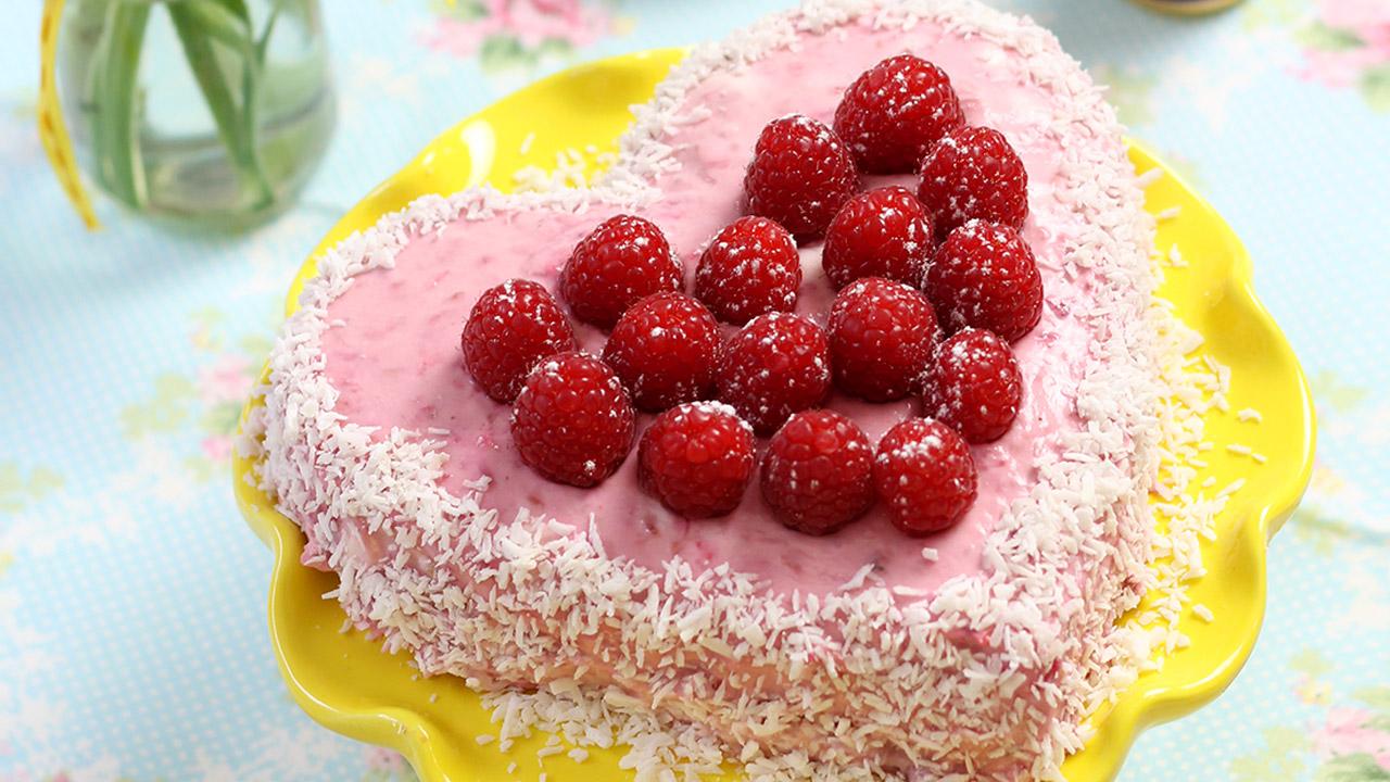 Angel Food Cake Mit Verpoorten Himbeer Mascarpone Kuchen Rezepte In