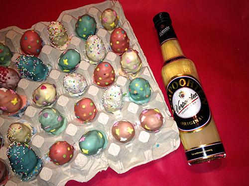 schokoladen eierlik r ostereier cake balls kuchenrezepte mit eierlik r verpoorten. Black Bedroom Furniture Sets. Home Design Ideas