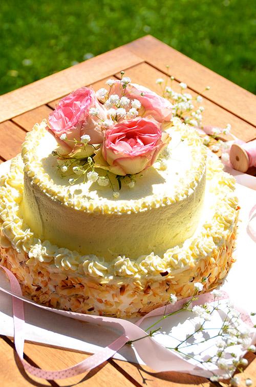 Sahnige Hochzeitsversuchung mit Eierlikör Verpoorten-Hochzeitstorte...