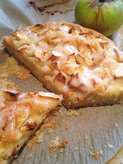 Eierlikor Apfelkuchen Mit Eierlikorguss Kuchenrezepte Mit