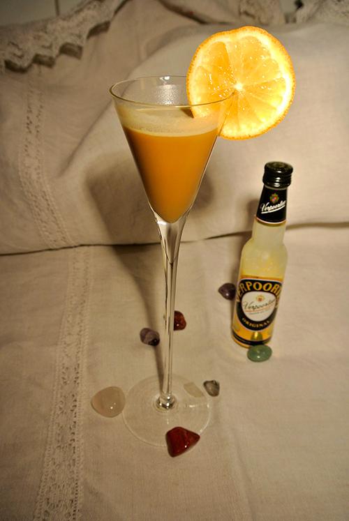 cremig zarte eierlik r martinis cocktails und longdrinks mit eierlik r verpoorten. Black Bedroom Furniture Sets. Home Design Ideas