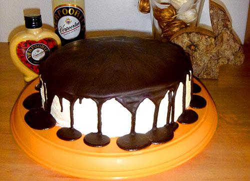 kuchen rezept 39 39 sieben boeden torte mit eierlik r 39 39 kuchenrezepte mit eierlik r verpoorten. Black Bedroom Furniture Sets. Home Design Ideas