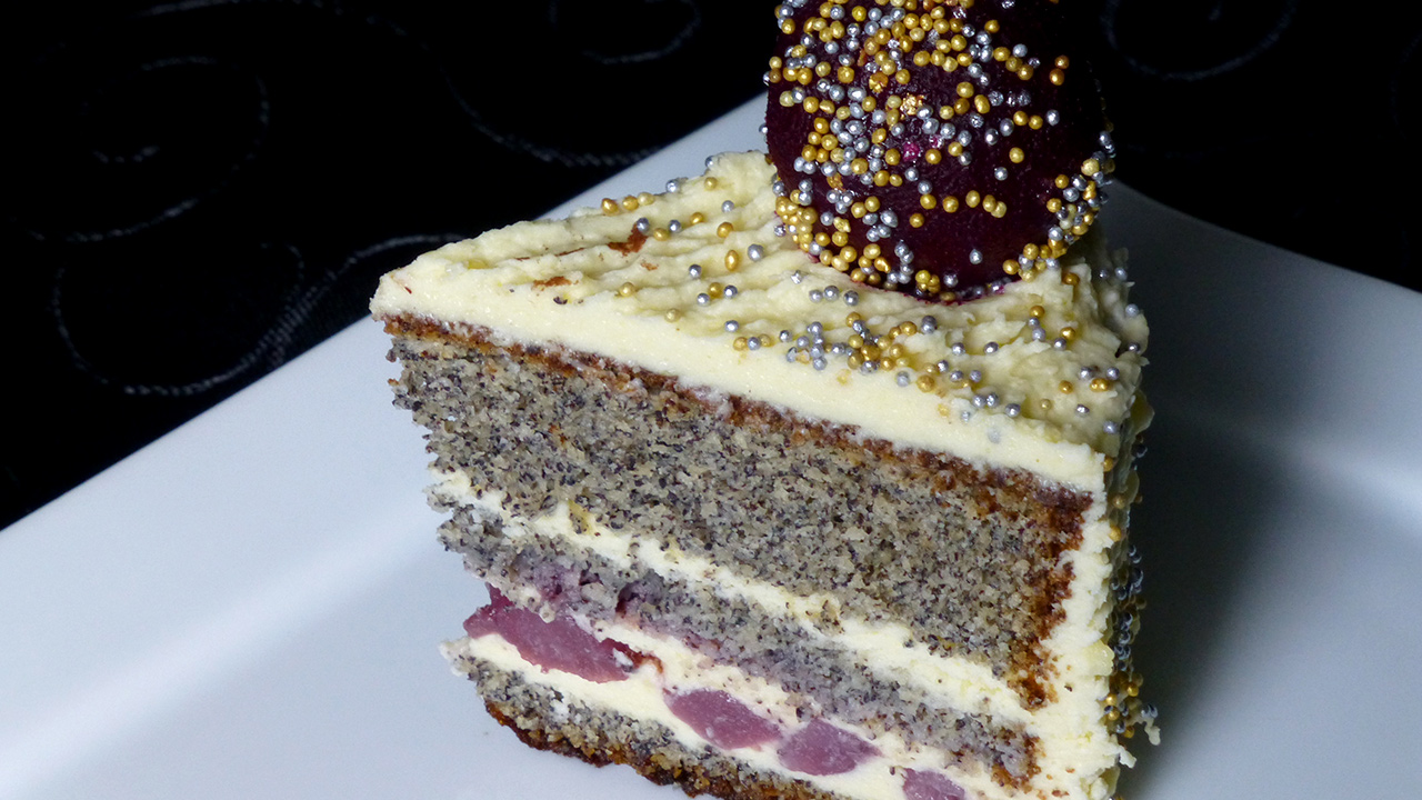 punsch creme torte mit holunder zimtbirnen kuchenrezepte mit eierlik r verpoorten. Black Bedroom Furniture Sets. Home Design Ideas