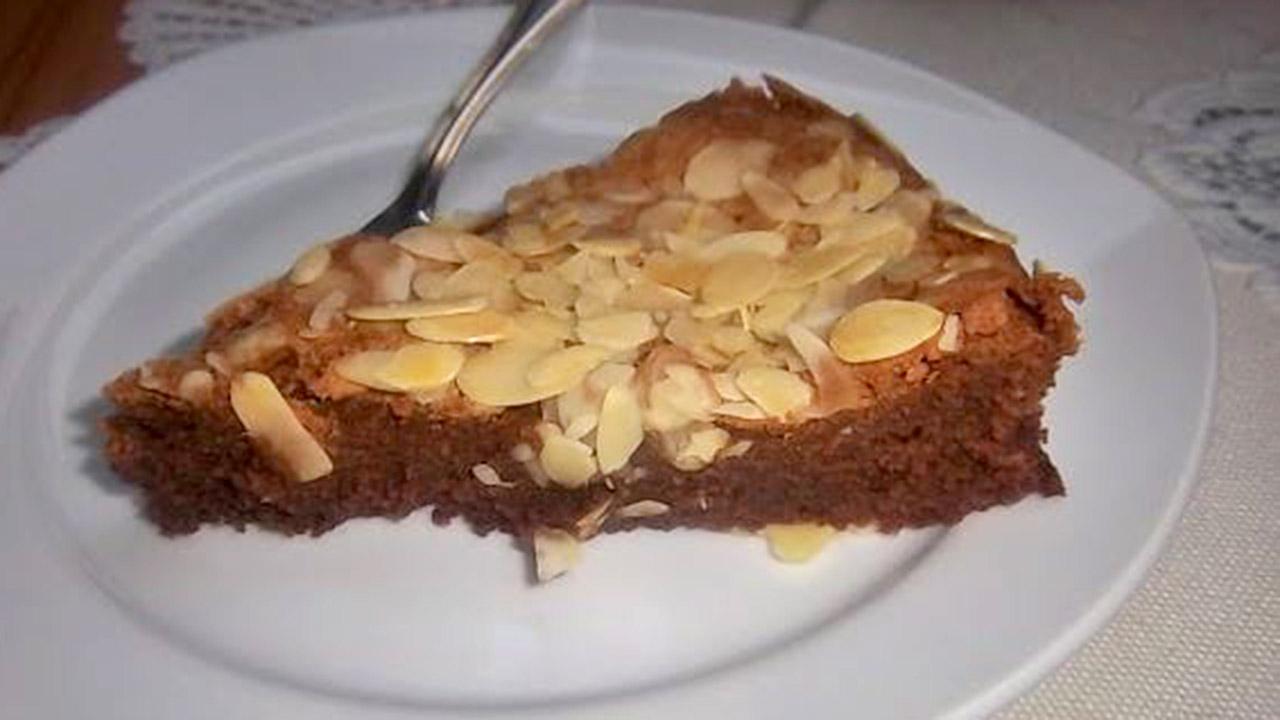 Schokoladentarte mit Verpoorten Eierlikör - Kuchenrezepte mit ...
