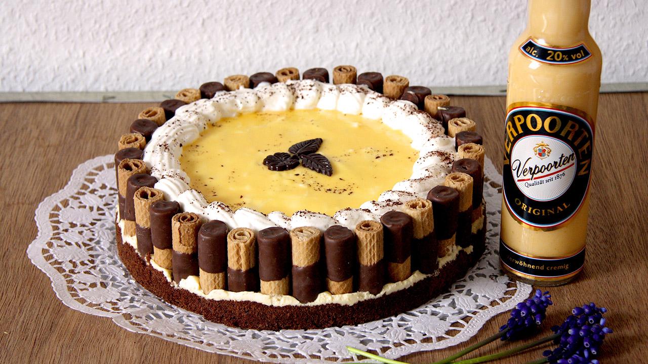 Waffelrollchen Eierlikor Sahne Torte Kuchenrezepte Mit Eierlikor