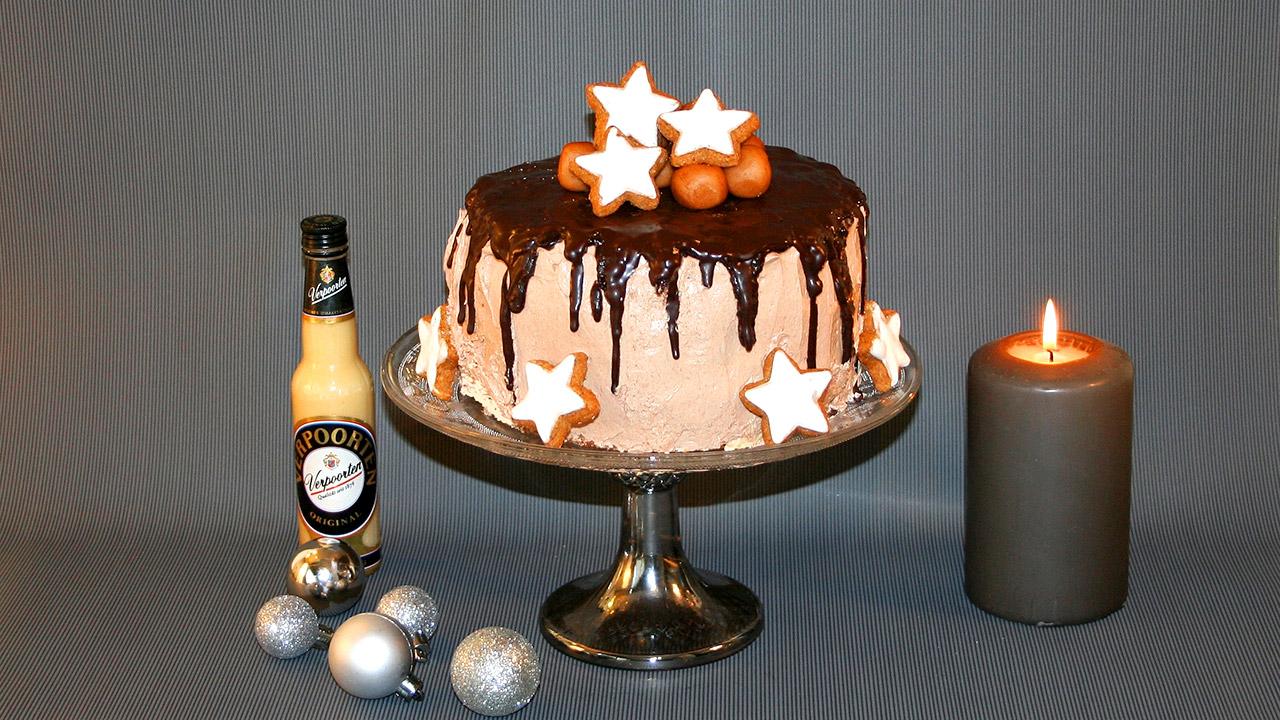 Weihnachtliche Nougat Marzipan Zimt Torte Mit Eierlikor
