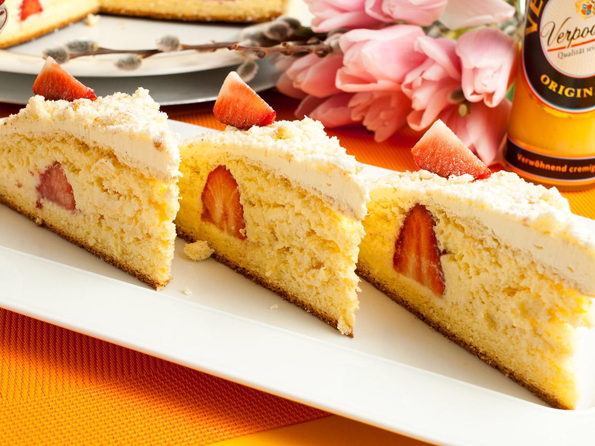 kokos erdbeer torte mit verpoorten original eierlik r vom weltmeister der konditoren. Black Bedroom Furniture Sets. Home Design Ideas