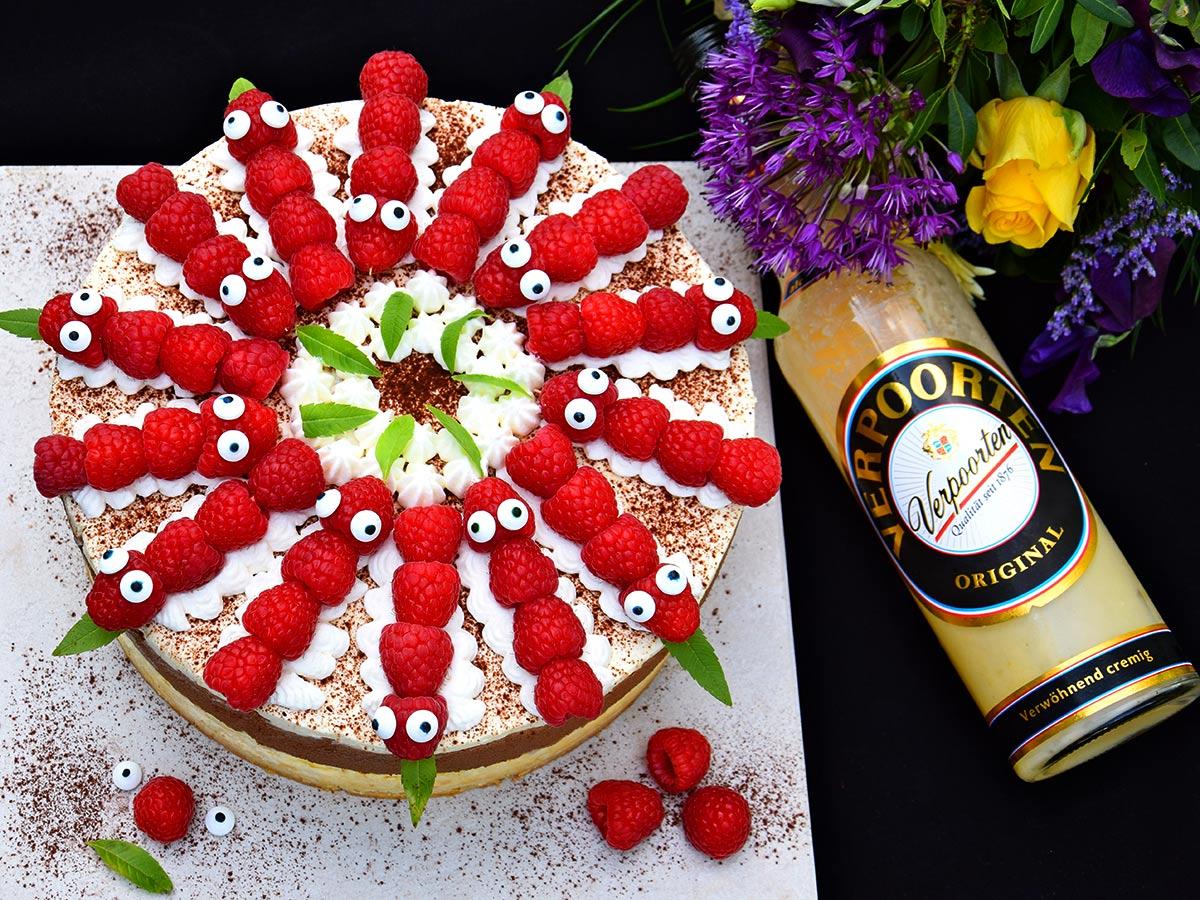 Himbeer-Käsekuchen-Torte mit Eierlikör \'\'Feine Himbeer ...